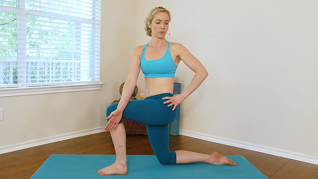 Watch Detox Yoga Flow, 20 Minute Workout To Help Digestion ...