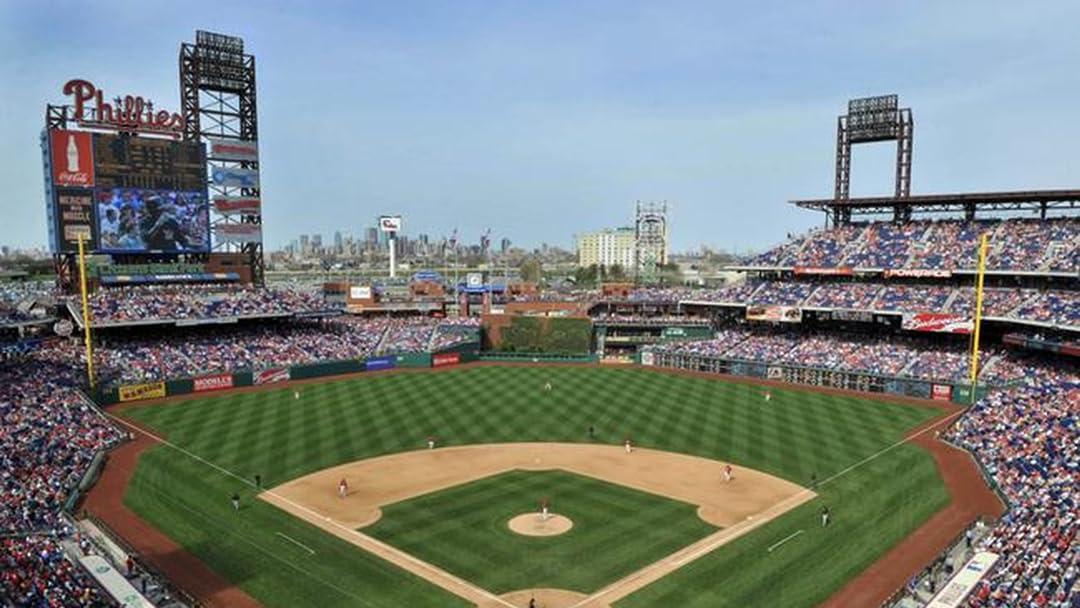 Amazon.com: Pittsburgh Pirates at Philadelphia Phillies