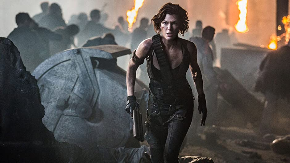 Amazon Com Resident Evil The Final Chapter Milla Jovovich Ali Larter Paul Anderson Jeremy Bolt