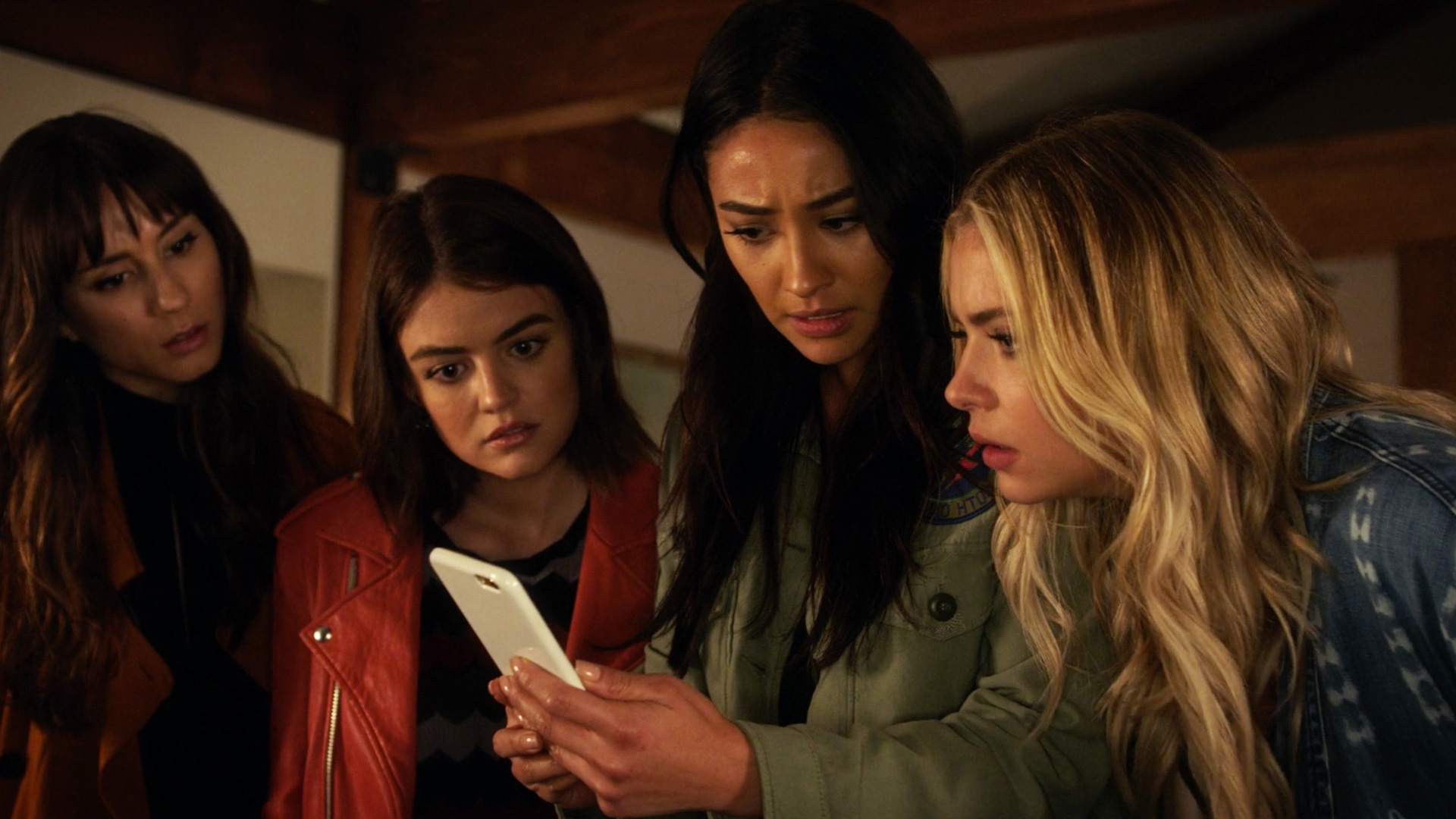 Watch Pretty Little Liars Season 7 Prime Video